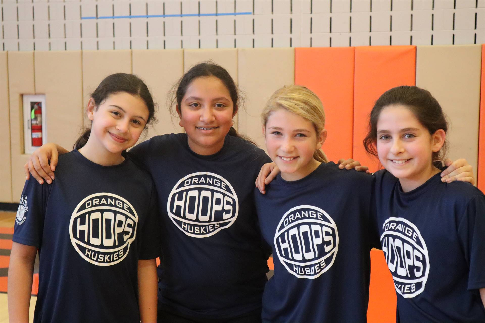 Girls basketball team players
